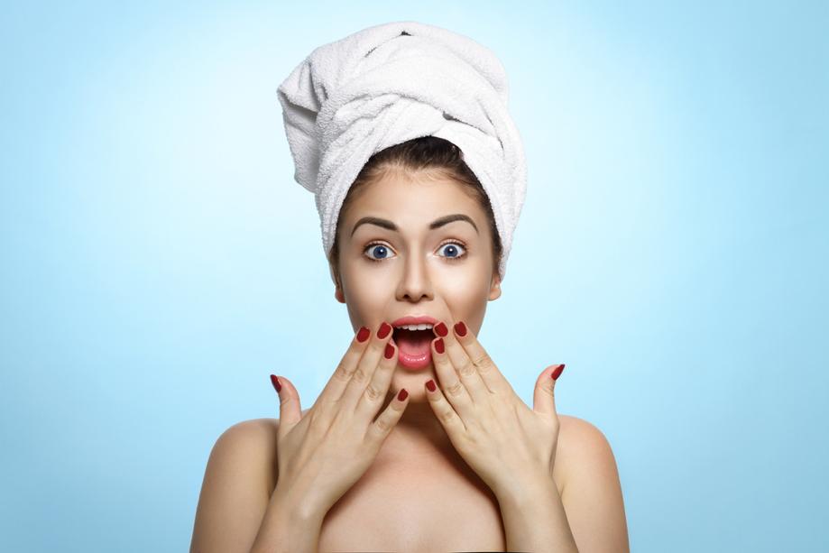 6 errores que estás cometiendo al lavarte la cabeza