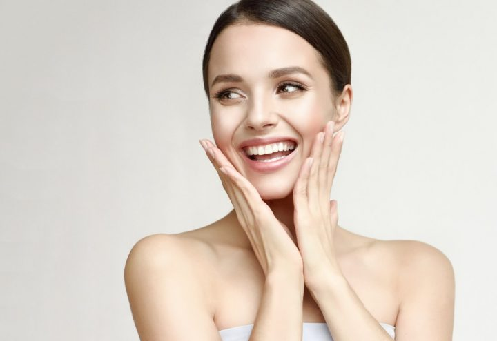 5 síntomas de que necesitas una mascarilla para reafirmar la piel de tu cara